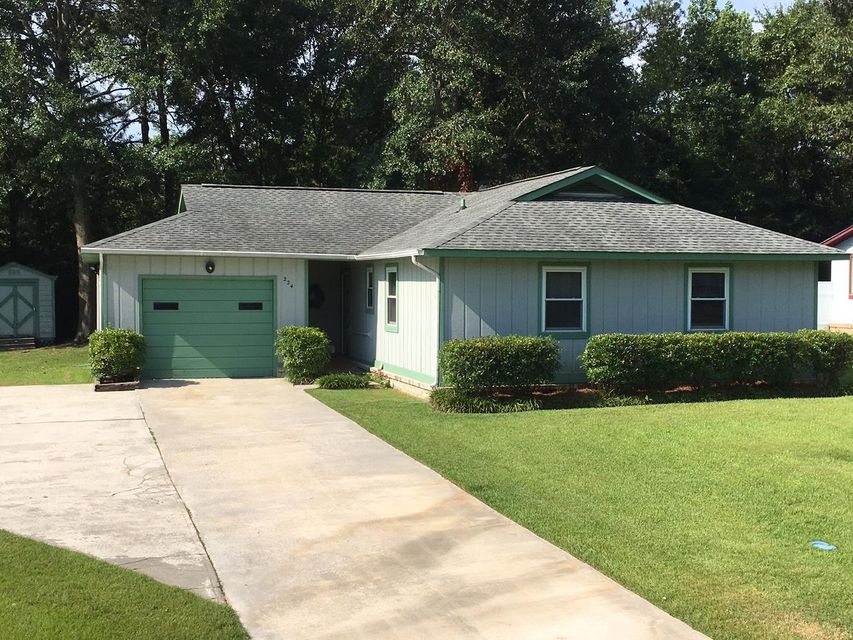 224  Braly Drive Summerville, SC 29485
