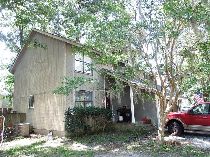 118  Scottswood Drive North Charleston, SC 29418