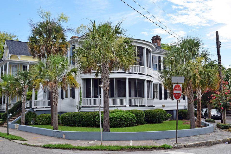 2  Rutledge Avenue Charleston, SC 29401