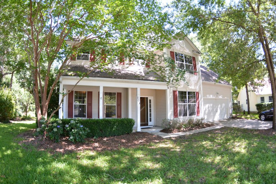 2118  Country Manor Drive Mount Pleasant, SC 29466
