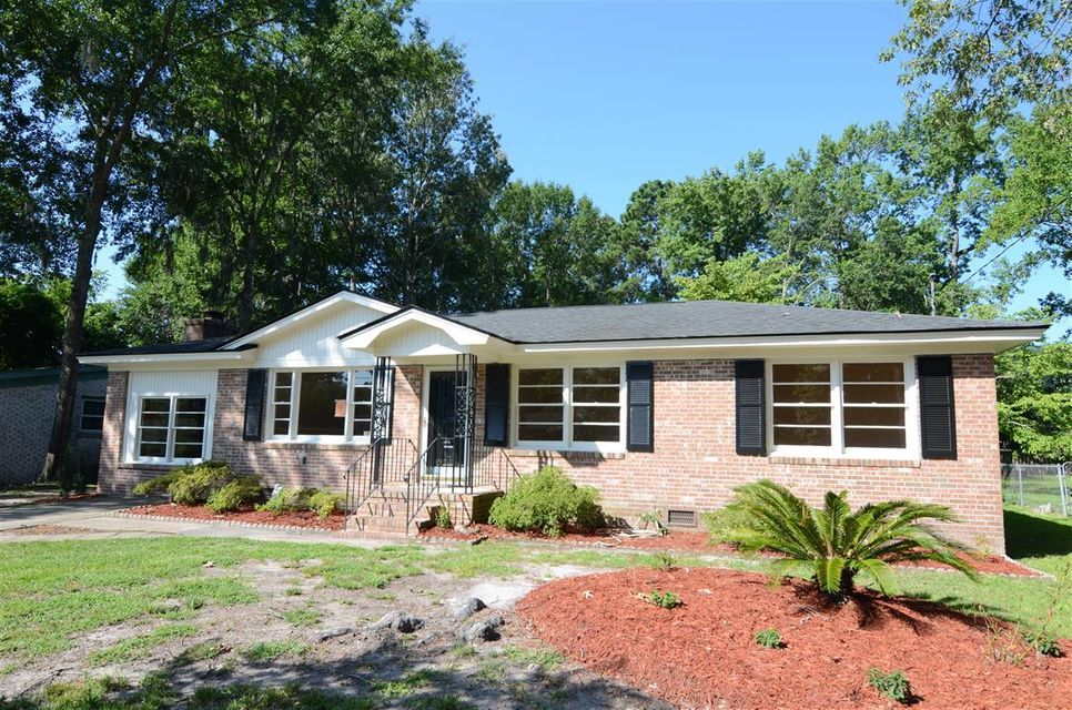 1205  Valley Drive Hanahan, SC 29410