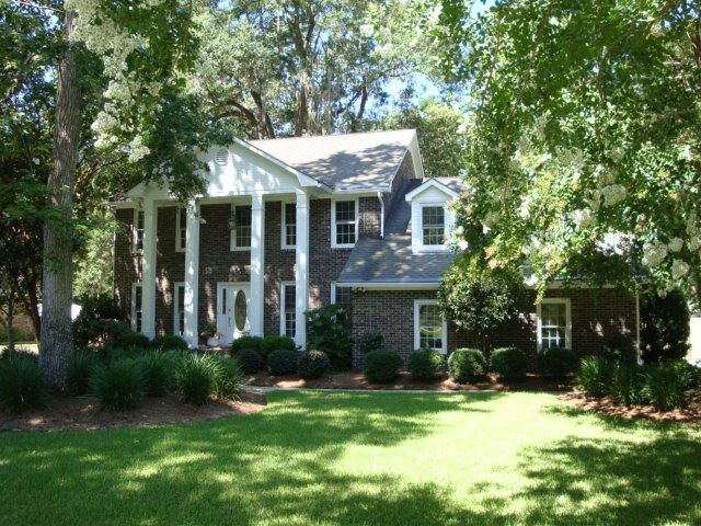 424  Lakeview Drive Summerville, SC 29485