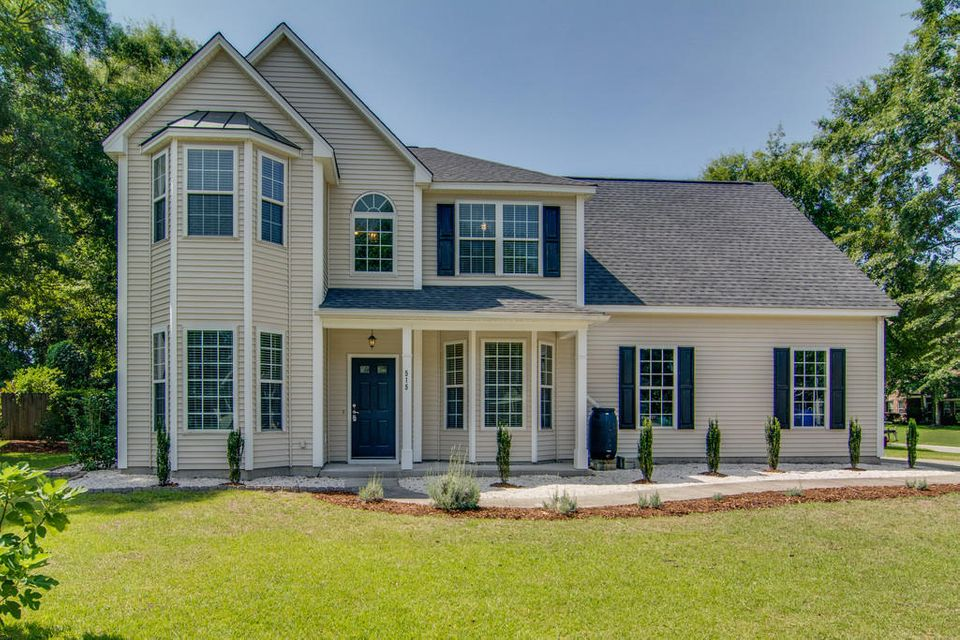 515  Oak Park Drive Mount Pleasant, SC 29464