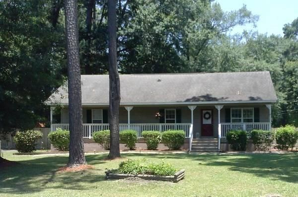 1102  Bennett Circle Holly Hill, SC 29059