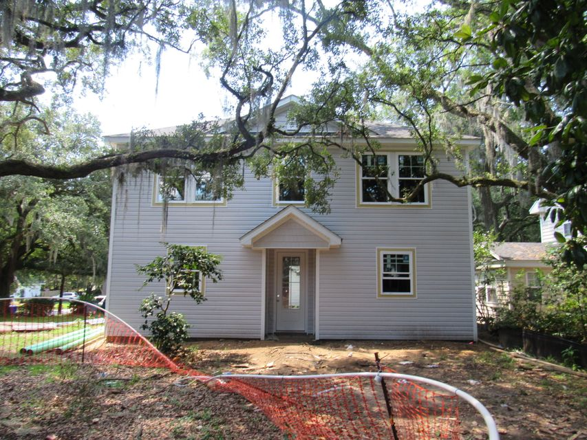 1175  Leesville Street North Charleston, SC 29405