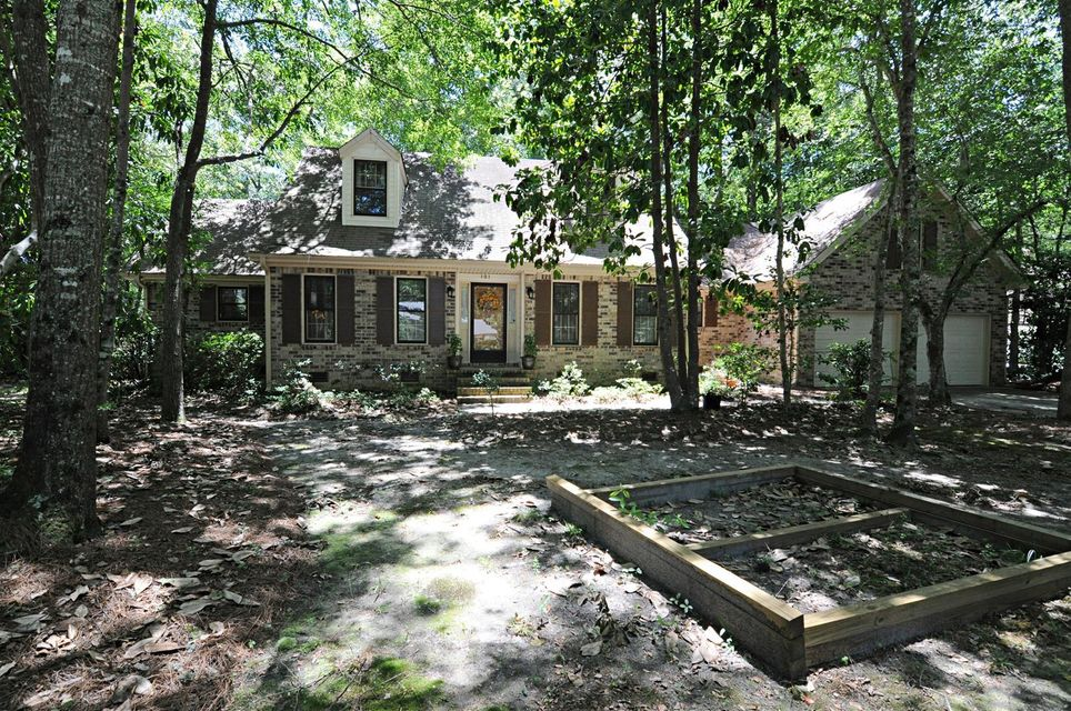101  Huckleberry Lane Summerville, SC 29485