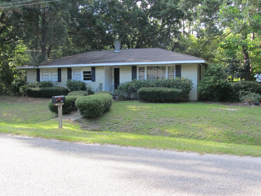 1122  Northbridge Drive Charleston, SC 29407