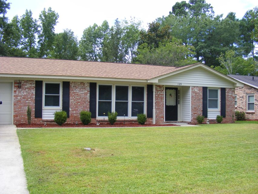 109  Kennington Drive Goose Creek, SC 29445