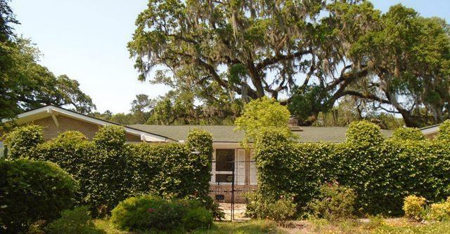 10  Saint Augustine Drive Charleston, SC 29407