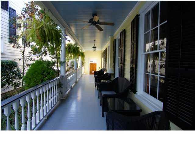 34  Savage Street Charleston, SC 29401