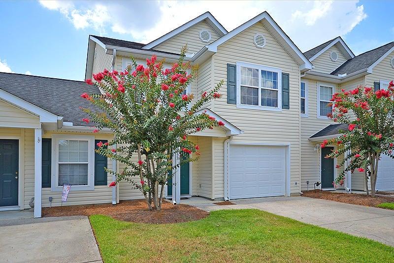 7853  Park Gate Drive North Charleston, SC 29418