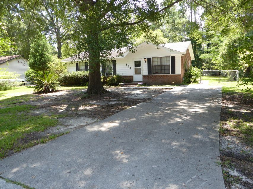 106  Stephen Court Summerville, SC 29483
