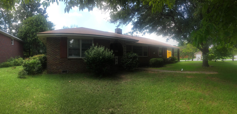 4965  France Avenue North Charleston, SC 29405