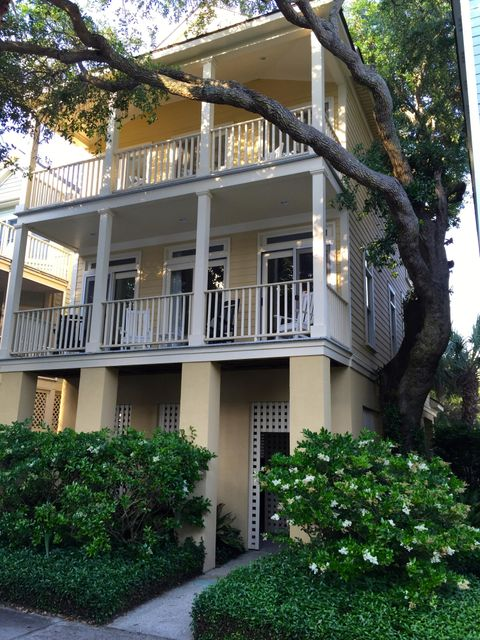 54  Grand Pavilion Drive Isle Of Palms, SC 29451