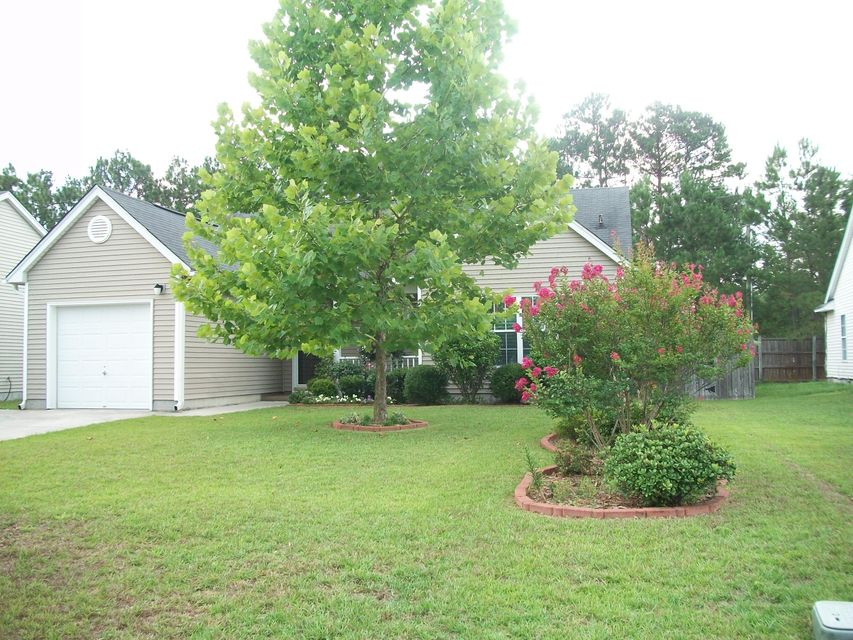 136  Dovetail Circle Summerville, SC 29483