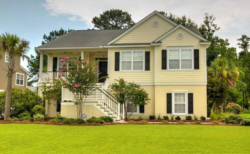 2768  Carolina Isle Drive Mount Pleasant, SC 29466