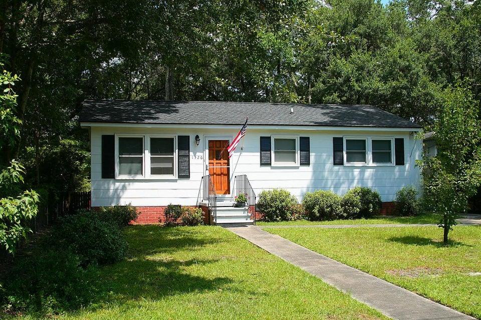 1526  Joan Street Charleston, SC 29407