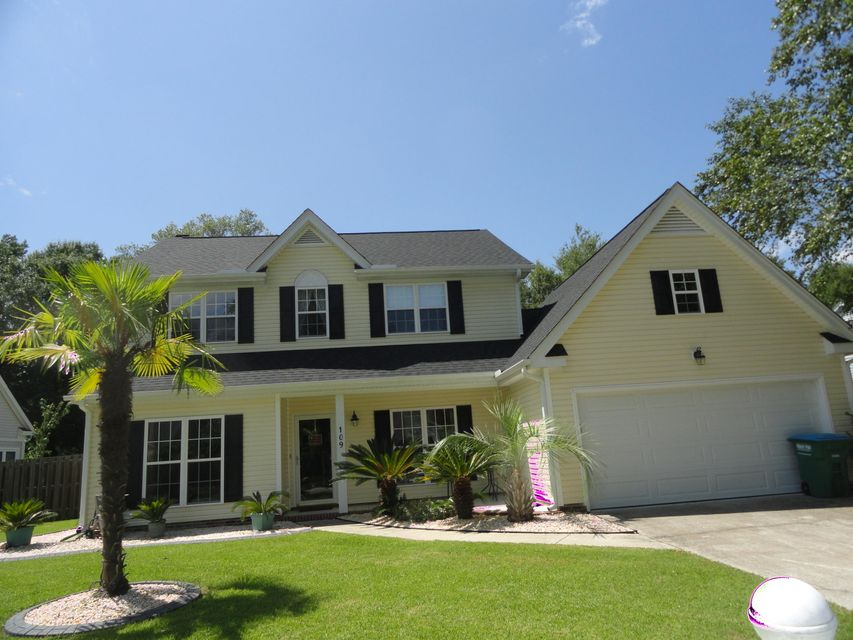 109  Thomaston Avenue Summerville, SC 29485