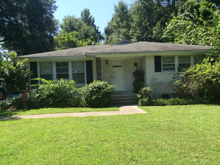 922  Valley Street Hanahan, SC 29410