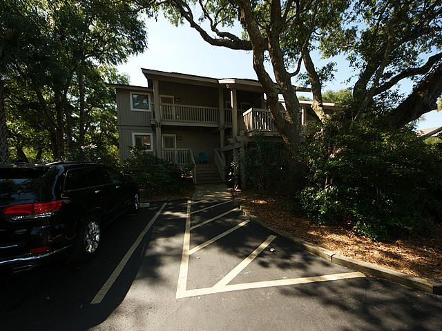 15  Lagoon Villas Isle Of Palms, SC 29451