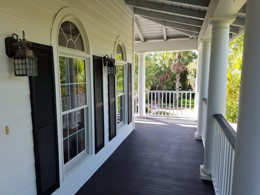 1603  Headquarters Plantation Drive Johns Island, SC 29455