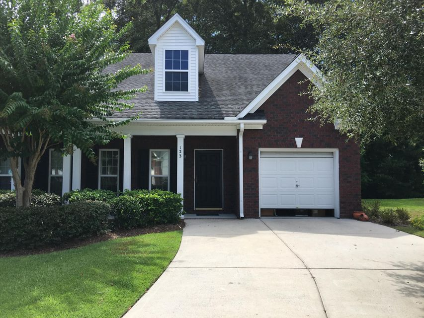 123  Steeple Point Court Summerville, SC 29485