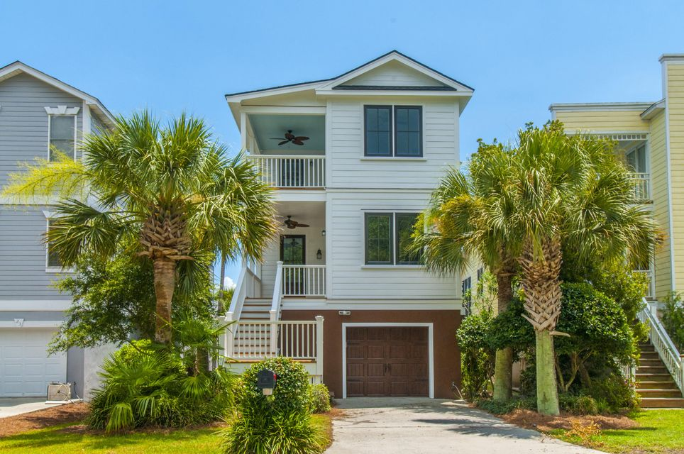 22  Yacht Harbor Court Isle Of Palms, SC 29451