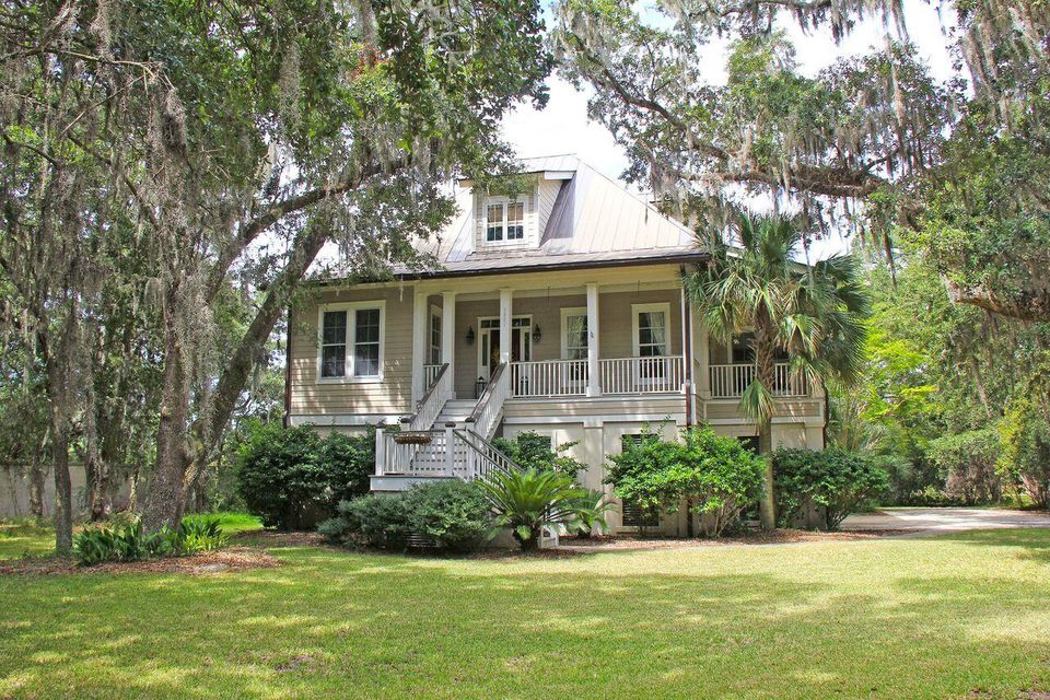 1881  Headquarters Plantation Drive Johns Island, SC 29455