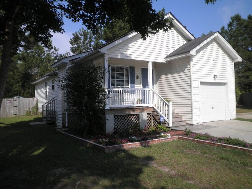 111  Trescott Court Summerville, SC 29483