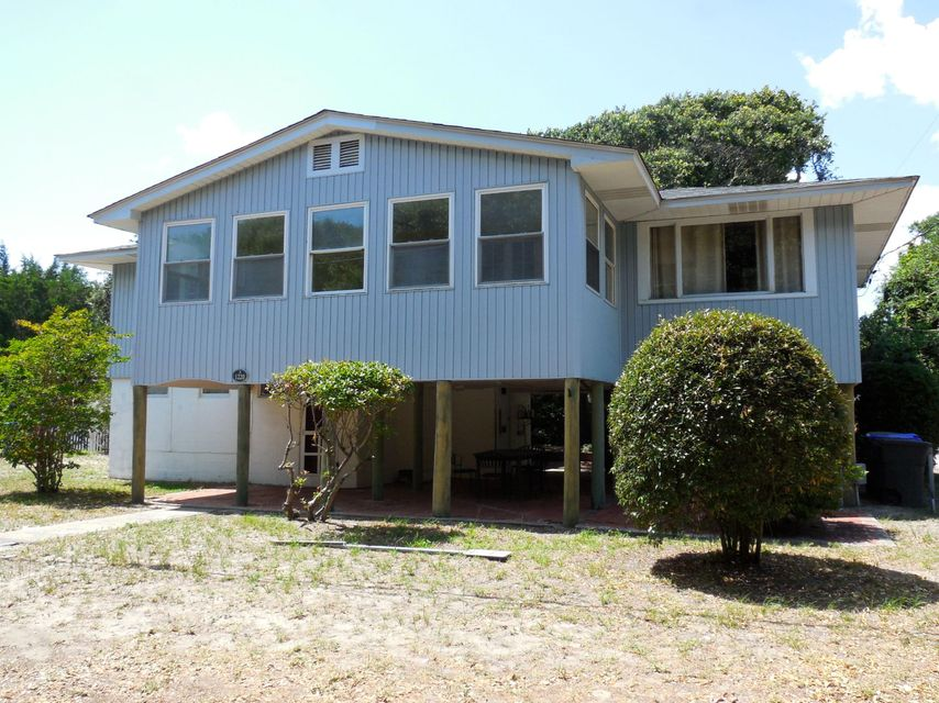 1220 E Ashley Avenue Folly Beach, SC 29439