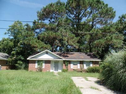 1670  Pierpont Avenue Charleston, SC 29414