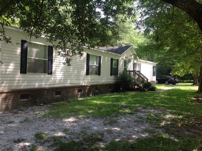 205  Cady Drive Summerville, SC 29483