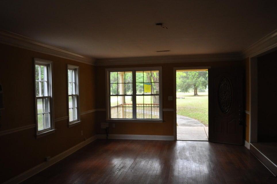 Marshall Acres Homes For Sale - 261 Grape Arbor, Summerville, SC - 3