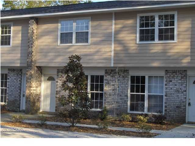 1289  Mathis Ferry Road Mount Pleasant, SC 29464