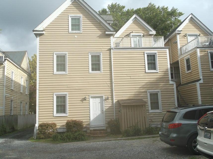 41 C  Radcliffe Street Charleston, SC 29403