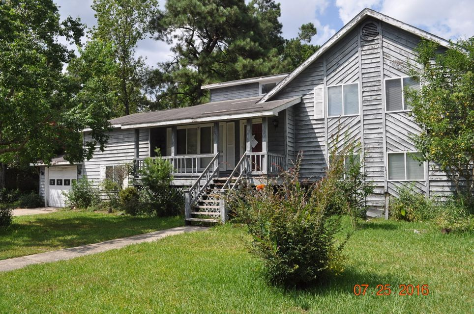 105  Woodbridge Drive Summerville, SC 29486