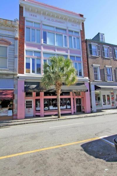 350  King Charleston, SC 29401