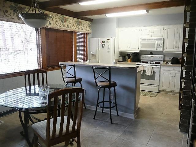 Santee Cooper Resort Homes For Sale - 119 Wateree, Santee, SC - 2