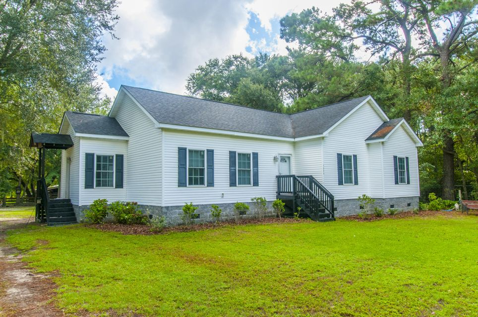 3486  Old Pond Road Johns Island, SC 29455