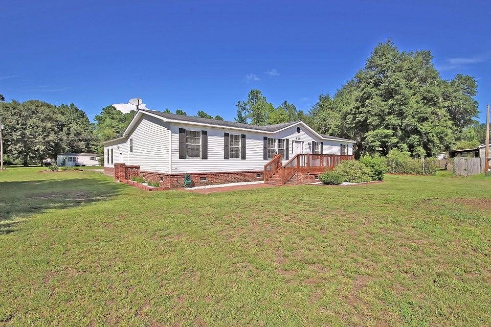 628  Barn Road Bonneau, SC 29431