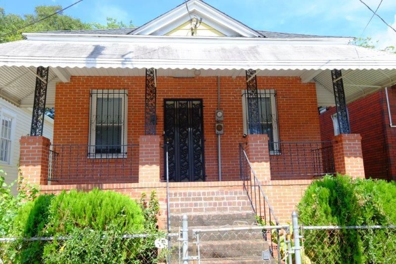 16 N Tracy Street Charleston, SC 29403