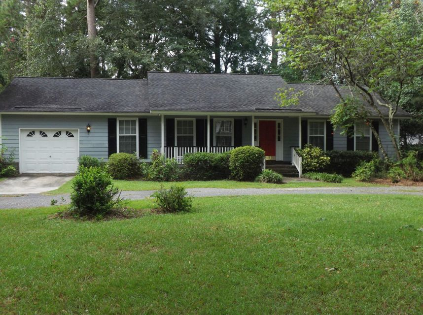 711  Simmons Avenue Summerville, SC 29483