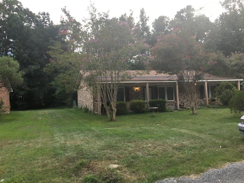 126  Wendy Way Summerville, SC 29485