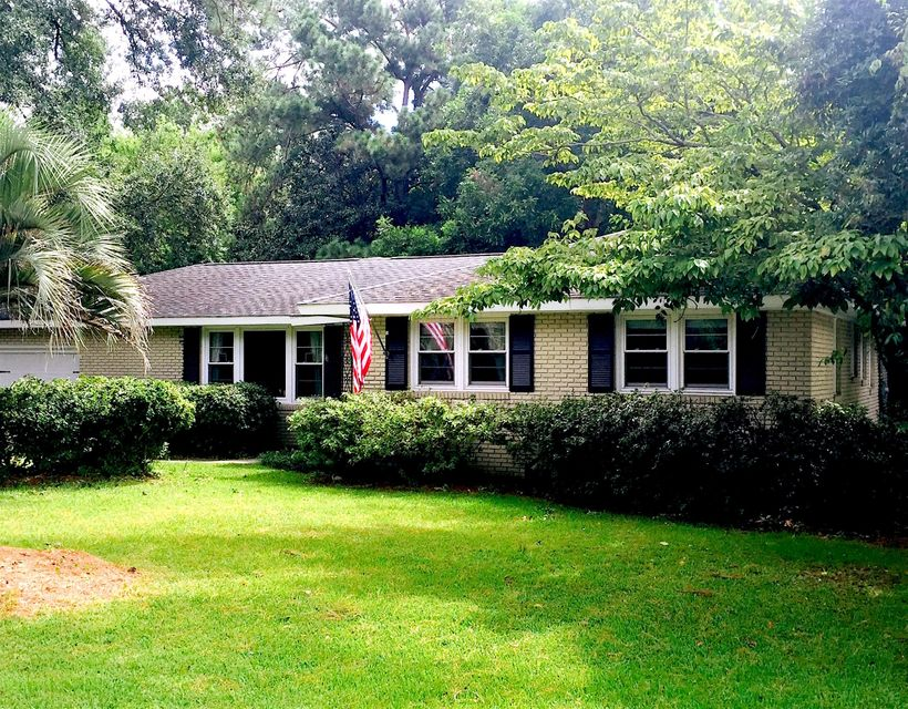 1808  Somerset Circle Charleston, SC 29407