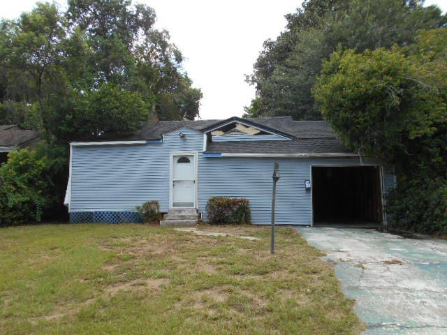 2638  Harvey Avenue North Charleston, SC 29405