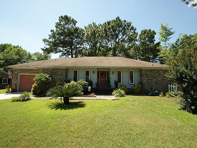 119  Canaberry Circle Summerville, SC 29483