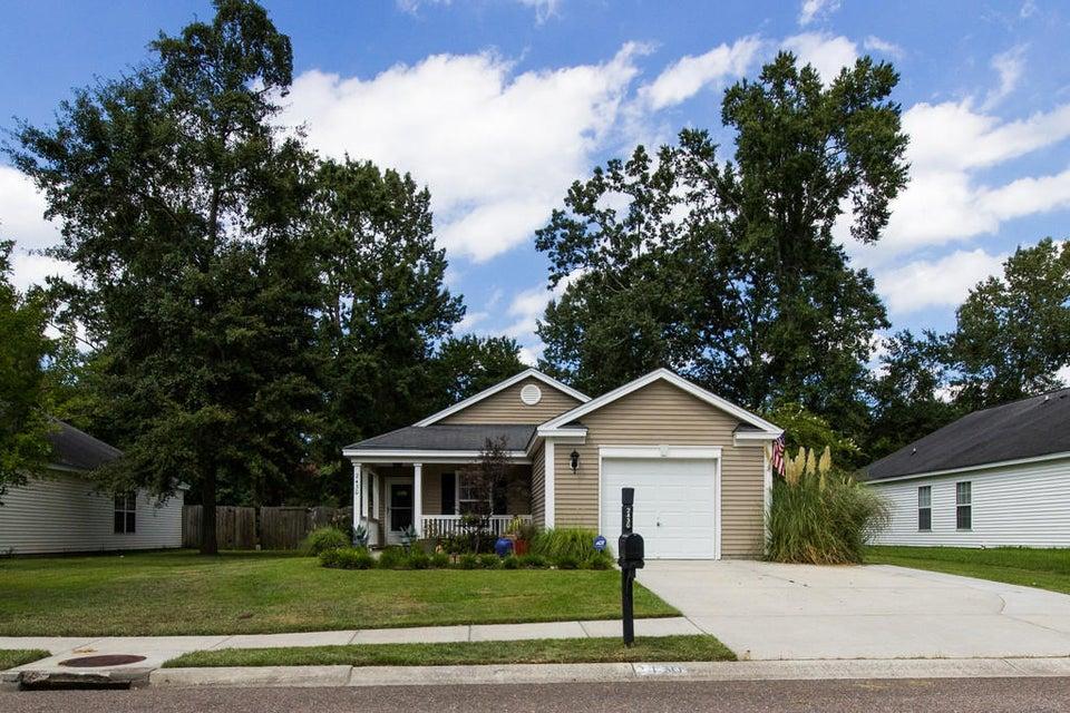 2430  Albacore Avenue North Charleston, SC 29406