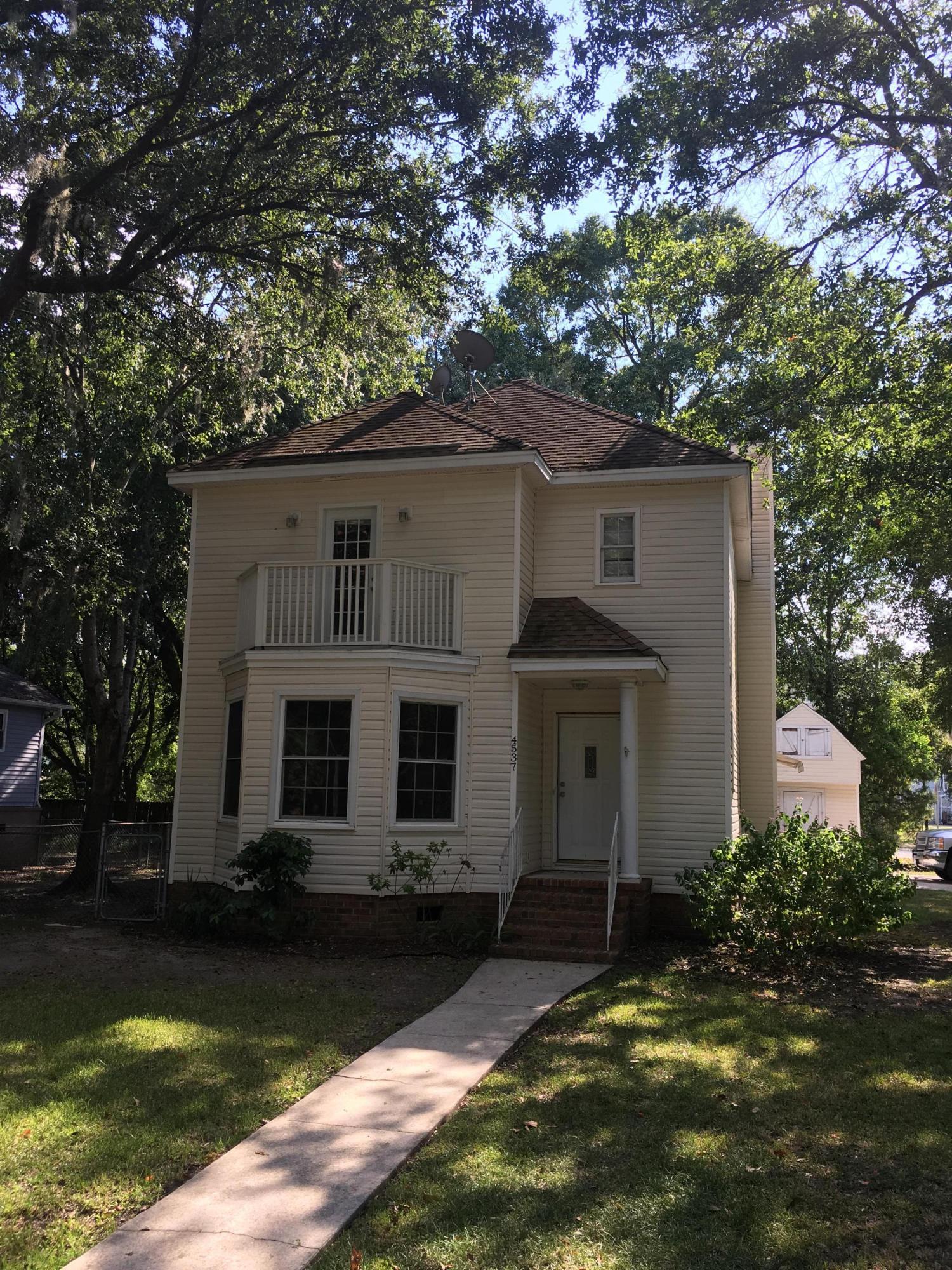 4537  Paramount Drive North Charleston, SC 29405