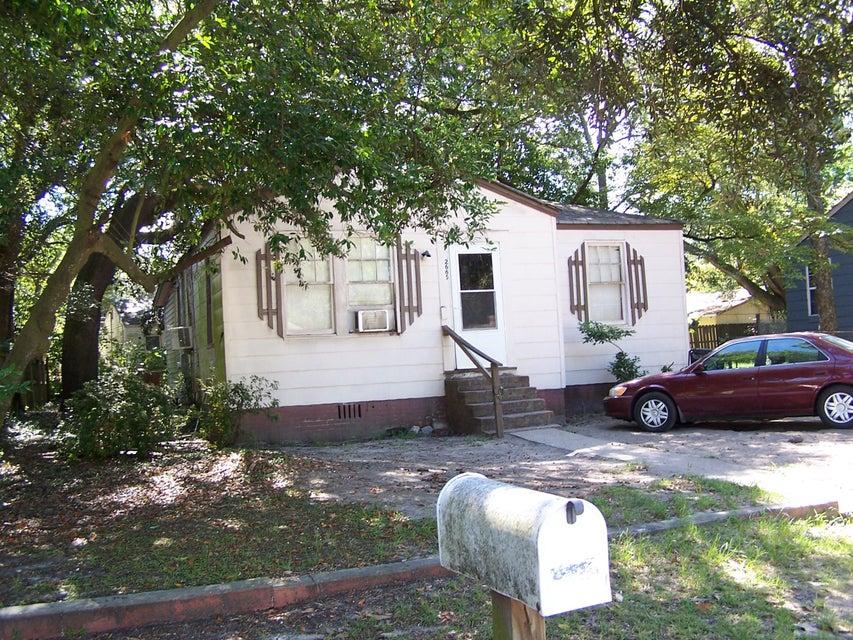 2665  Olympia Avenue North Charleston, SC 29405
