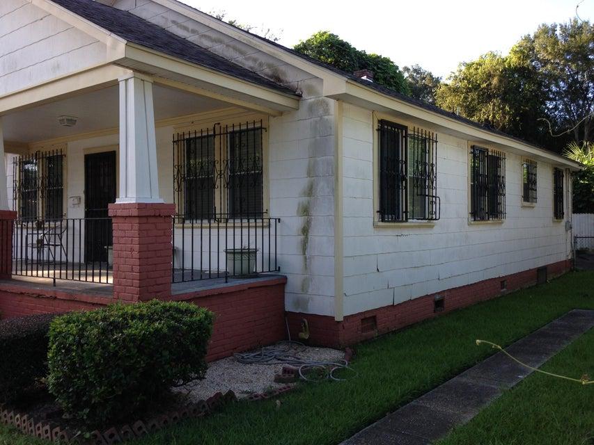 19  Dunnemann Avenue Charleston, SC 29403